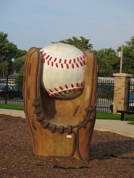 Divorce and an Underdog Baseball Team